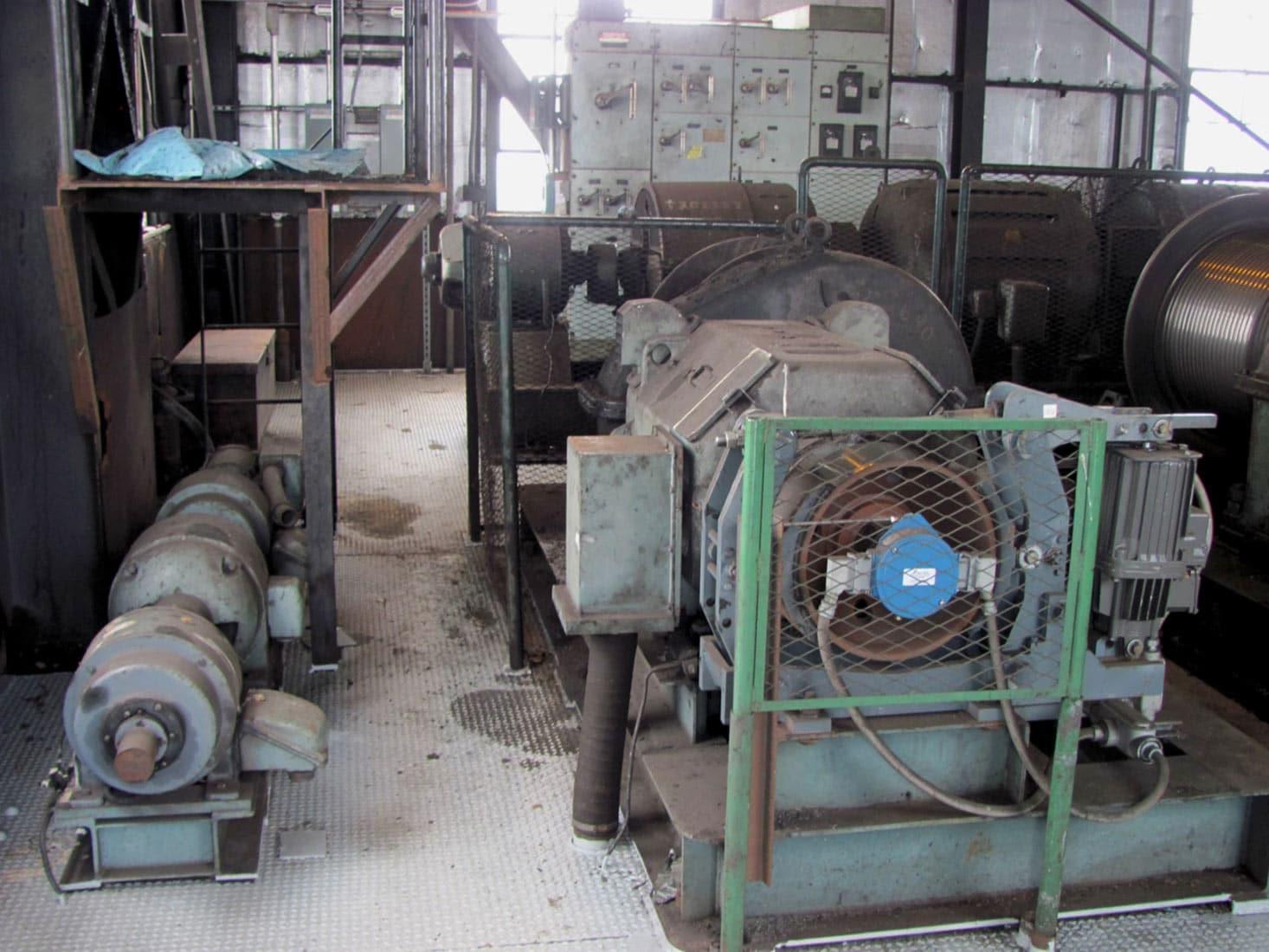 Clamshell Grab Unloader Vintage Motor Controller